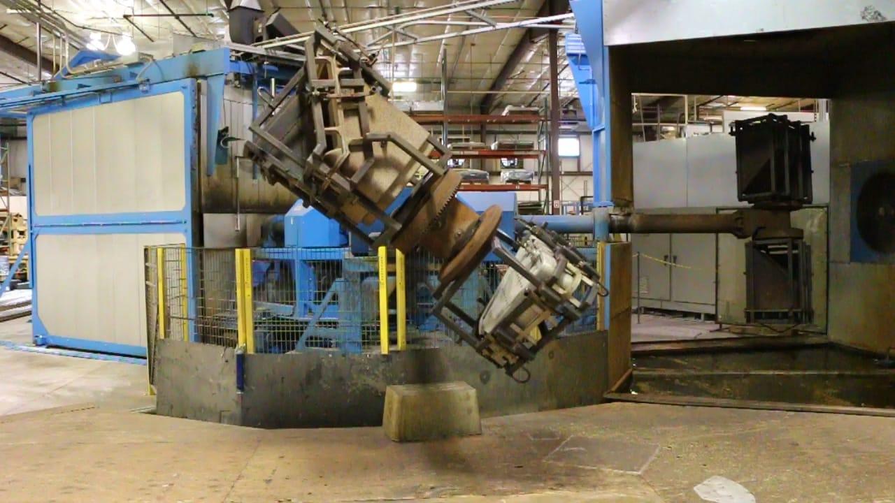 Rotational Molding – Redline Plastics | Rotational Molding | Vacuum